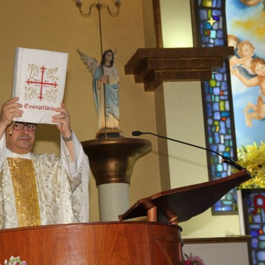 Missa Domingo de Pascoa Com as Crianças 01/04/18
