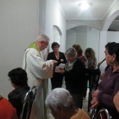 Missa e visita da Imagem da Imaculada na Comunidade São Francisco com a presença do Pe. Reinaldo de Engenheiro Coelho
