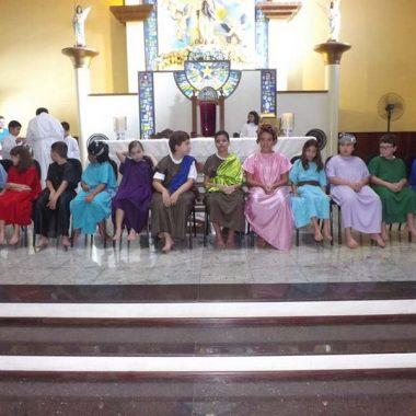 Missa de Lava Pés com as Crianças da Catequese