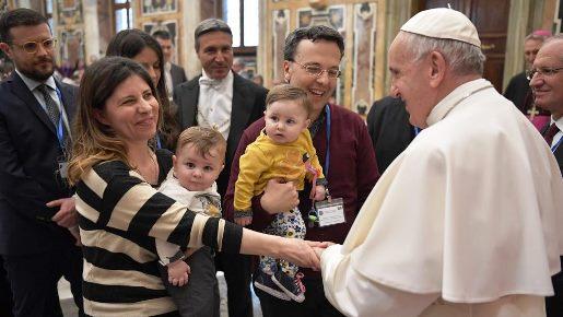 Papa aos agentes de saúde: a humanidade de Cristo é a maior escola