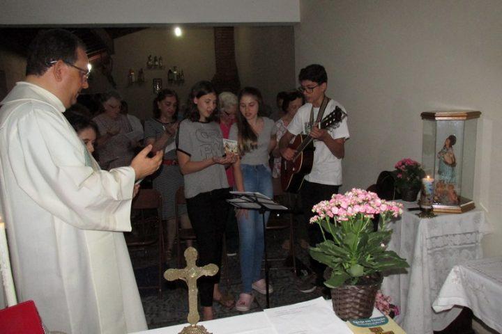 Missa na Comunidade Sagrada Família 22/10/2019